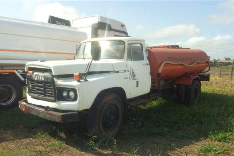 Custom Water bowser trucks Toyota DA 110 water tanker, runner 1985