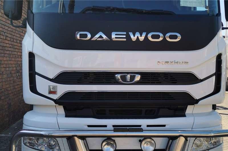 Daewoo Double axle Daewoo 7548 Maximus Truck tractors
