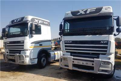 DAF Truck-Tractor Double Axle 105-460 2014