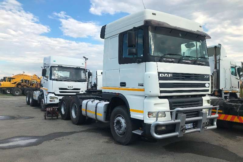 DAF Truck-Tractor Double axle 2005 DAF XF95.480 2005