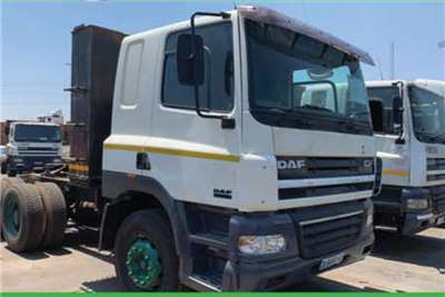 DAF Double axle 85.430 HP MANUAL Truck-Tractor