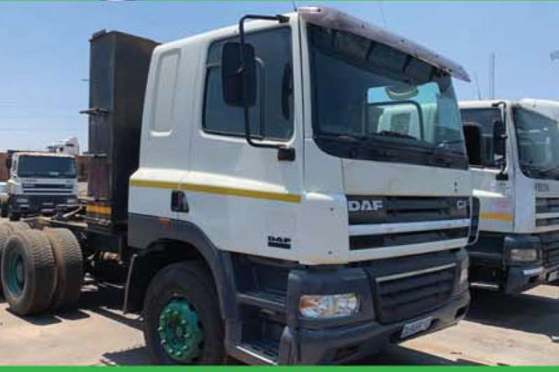 DAF Truck-Tractor Double axle 85.430 HP MANUAL 2006