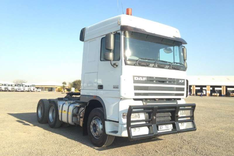 DAF PRE OWNED XF105.460 Truck-Tractor