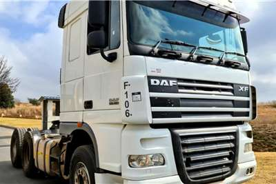 DAF 2 x 2014 DAF XF105 460 Truck tractors