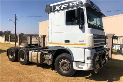 DAF Double axle DAF XF 105 460 Truck tractors