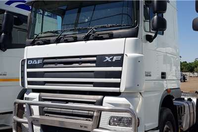 DAF Double axle XF105.450 Retarder, FSH by Agents Truck tractors