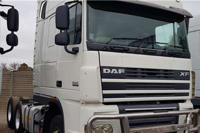 DAF Double axle XF105.460 refurbished. Low km. Truck tractors