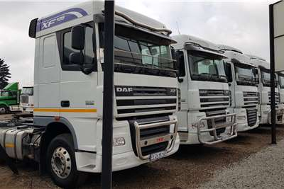 DAF Double axle XF105.460 Retarder, free Hydraulics Truck tractors