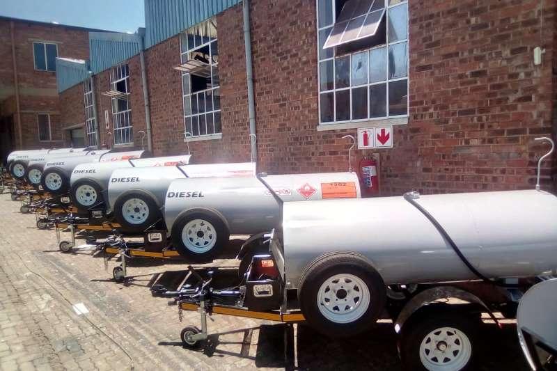 Diesel bowser trailer 1500L Mild Steel Oval Diesel Tanker 2019