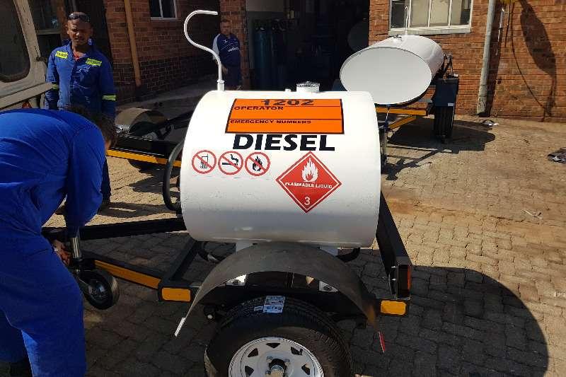 Diesel bowser trailer 500 liters diesel trailer 2019