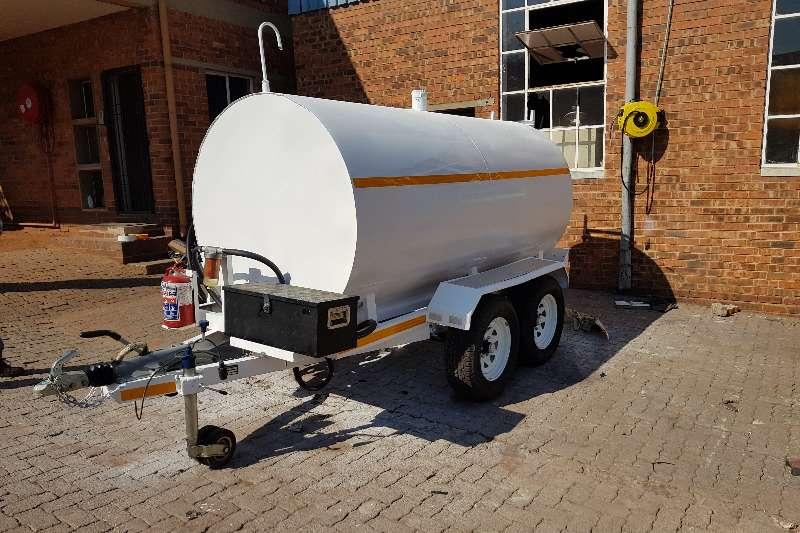 Diesel bowser trailer 5000L Mild Steel Oval Diesel Tanker 2019
