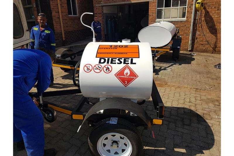 Diesel bowser trailer 500L Mild Steel Oval Diesel Tanker 2019