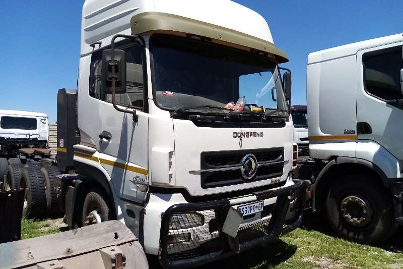 Dongfeng Truck tractors Double axle Dongfeng Kinland DCI 420 2012