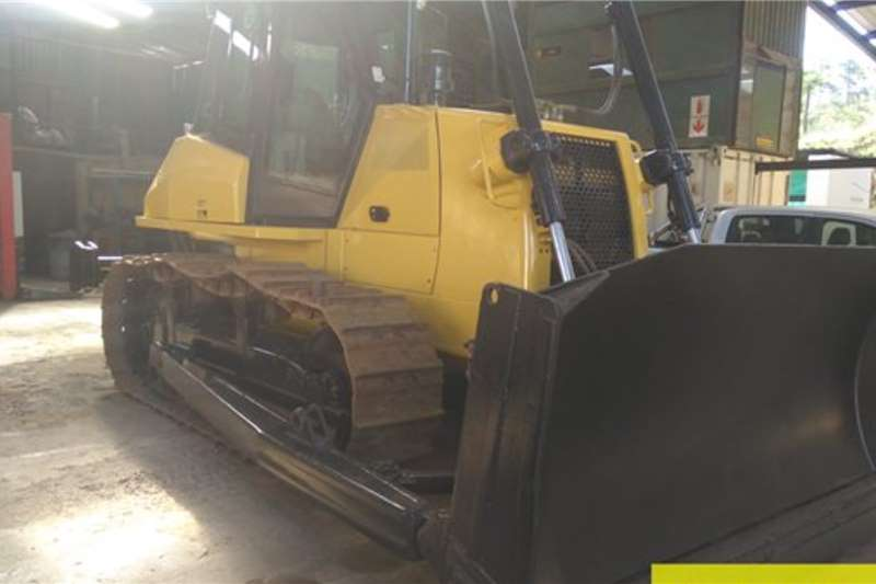 New Holland D180 Dozer 3239hrs Dozers