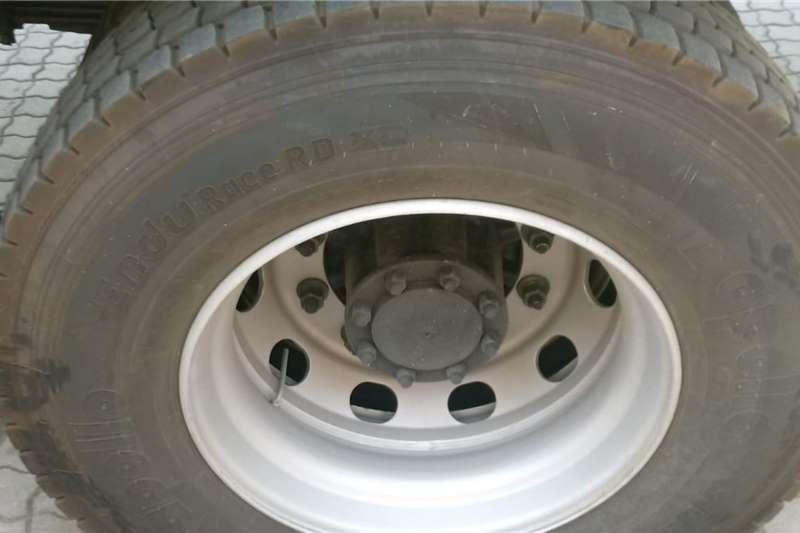 Eicher Lowbed Eicher Pro 60167.2m Van Body, 1.5Ton Tail Lift, N Truck