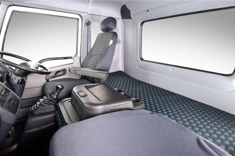 2021 FAW  15.180 FL Chassis Cab 8 Ton