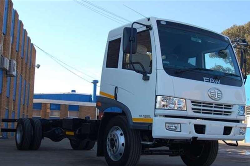 FAW 15.180 FL Chassis Cab 8 Ton, Semi Sleeper Chassis cab trucks