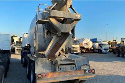 FAW 8 Cube Concrete MIxer Concrete mixer trucks