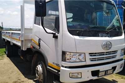 FAW 8 Ton Dropside 15.180 FL Semi Sleeper Dropside trucks