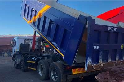 FAW 35 340 18 cube twinsteer tipper Tipper trucks