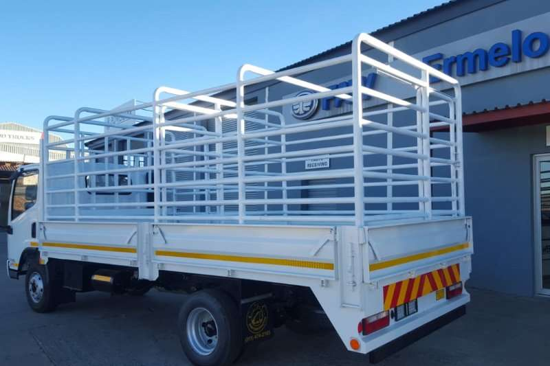 FAW Truck Cattle body 8.140 5 Ton