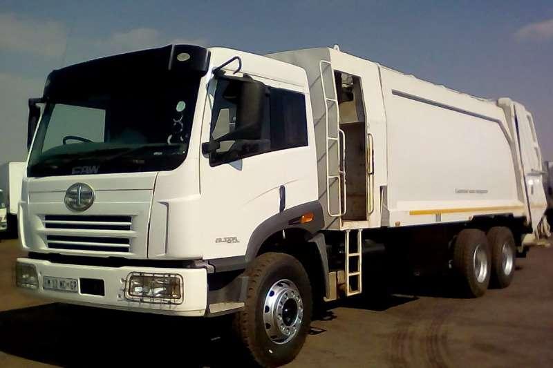 FAW Truck Compactor FAW CA28330 FLS TURBO 19CUBE DUSTBIN COMPACTOR 2016
