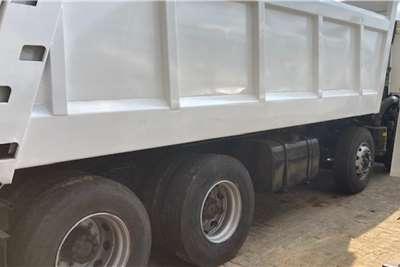 FAW FAW 330 Hp Twin Steer Tipper 16m Truck
