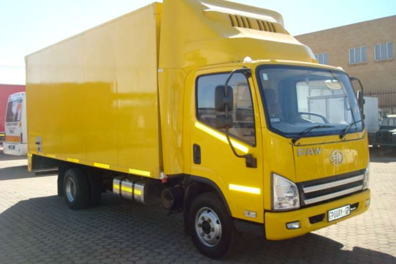 FAW Truck Fridge truck FAW 8 140 FL 5 TON FRIDGE TRUCK 2016