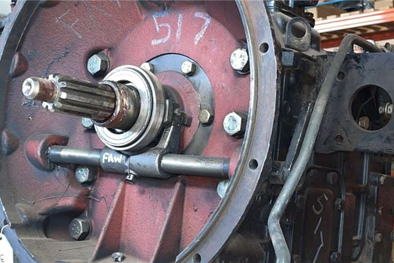FAW FAW CA6TBX085M Used Gearbox Truck spares and parts