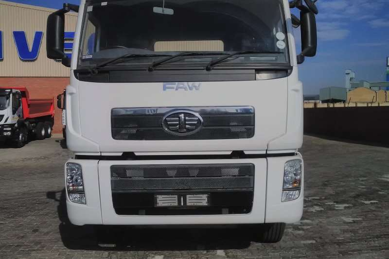 FAW Double axle FAW 33.420 T Truck-Tractor
