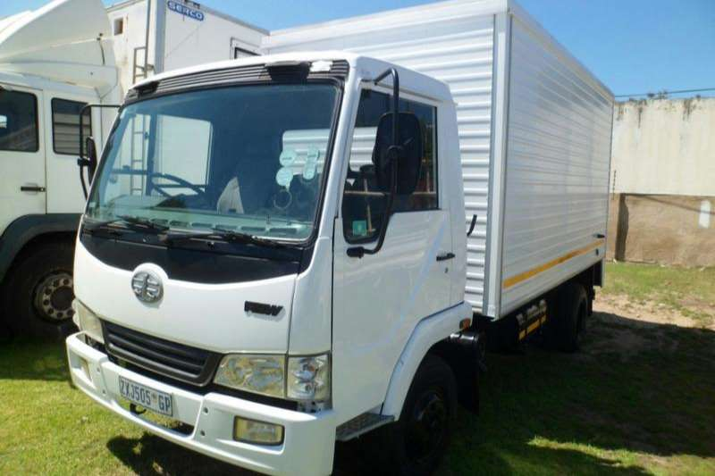 FAW Truck Volume body 7 140 4 ton 2010