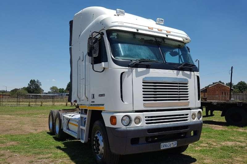 FAW Truck Volume body ISX500 Cummins 2002