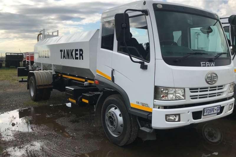 FAW Water bowser trucks 2015 FAW 15.180FL 8000L water tanker 2015