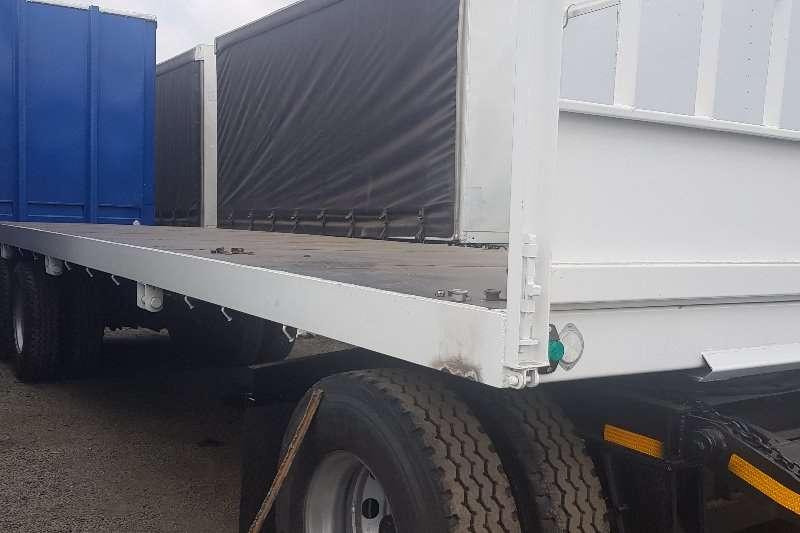 Flatdeck trailer Hendred 2014