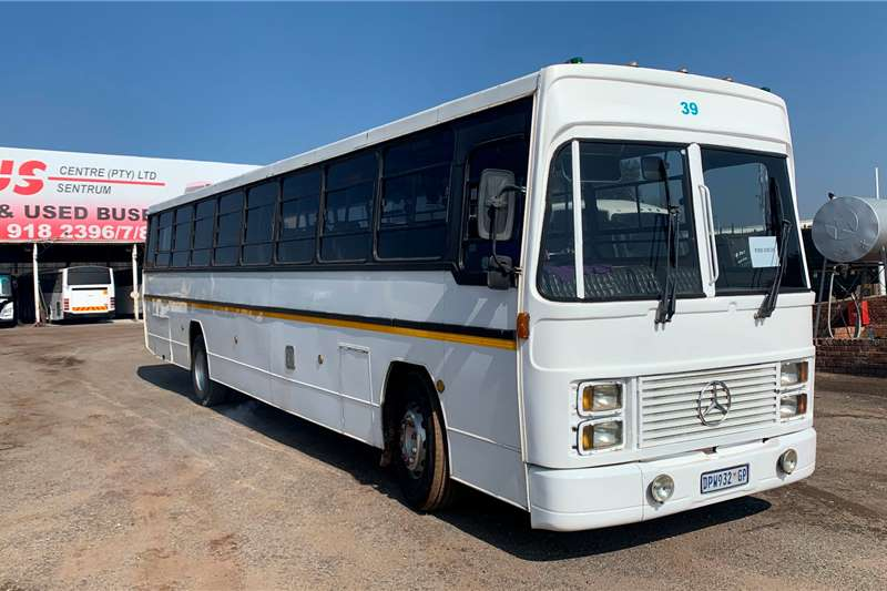 Ford Buses 60 seater FORD CARGO (61 SEATER) 1983