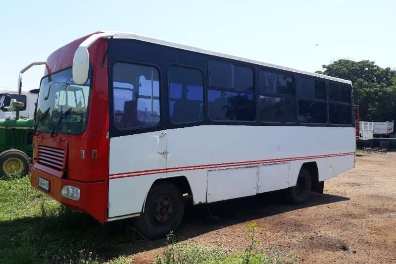 Ford Buses FORD BUS 26 SEATER