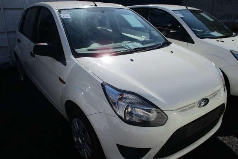 Ford LDVs & panel vans Ford Figo 1.4 Ambiente Car 2012