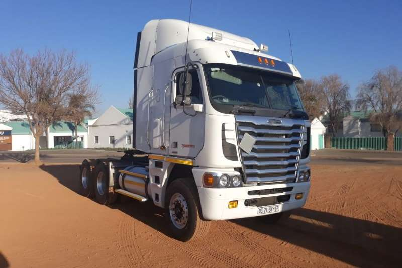 2014 Freightliner Argosy 6x4 Mechanical Horse Truck Trucks