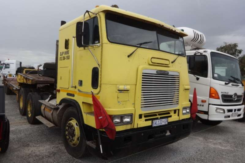 Freightliner Truck CORP 6x4 Mechanical Horse 1996