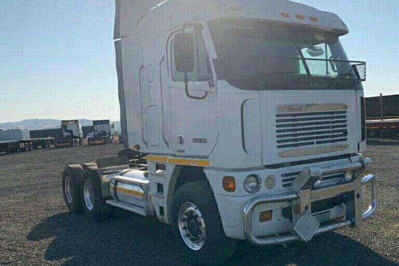 Freightliner Truck-Tractor Double axle 2010 Freightliner Argosy ISX Cummins 530 2010