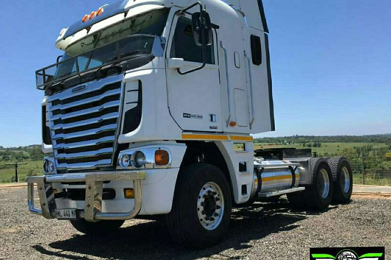 Freightliner Truck-Tractor Double Axle 2014 Freightliner Argosy Detroit 2014