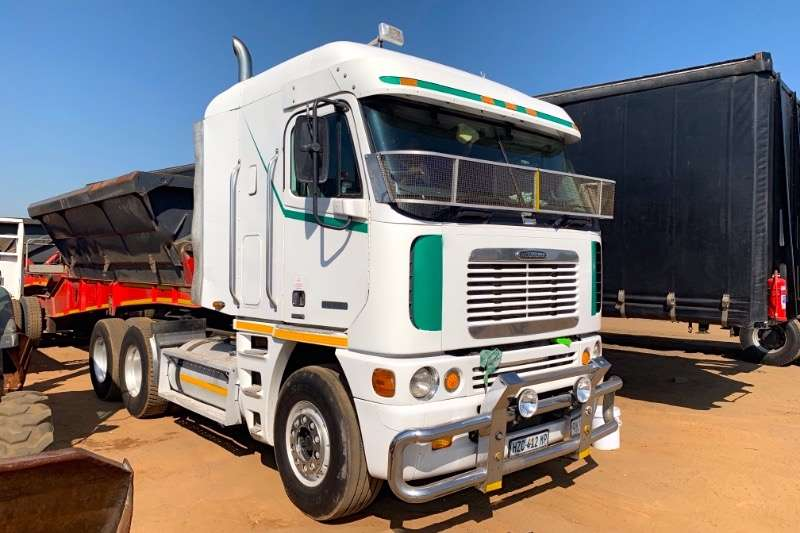 Freightliner Truck-Tractor Double Axle ARGOSSY C15-515 2005