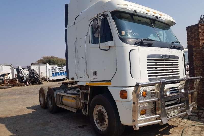 Freightliner Truck-Tractor Double axle ARGOSY DETROIT 2007