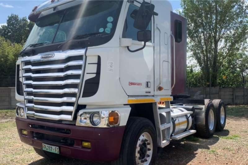 Freightliner 2014 FREIGHTLINER ARGOSY Truck tractors