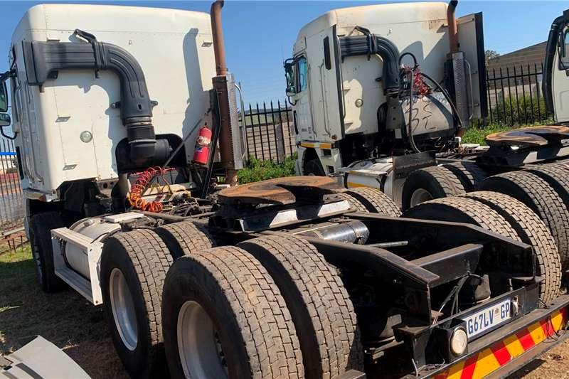 Freightliner DETROIT 530 Truck tractors
