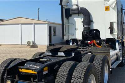 Freightliner Double axle 2012 Freightliner ISX Truck tractors