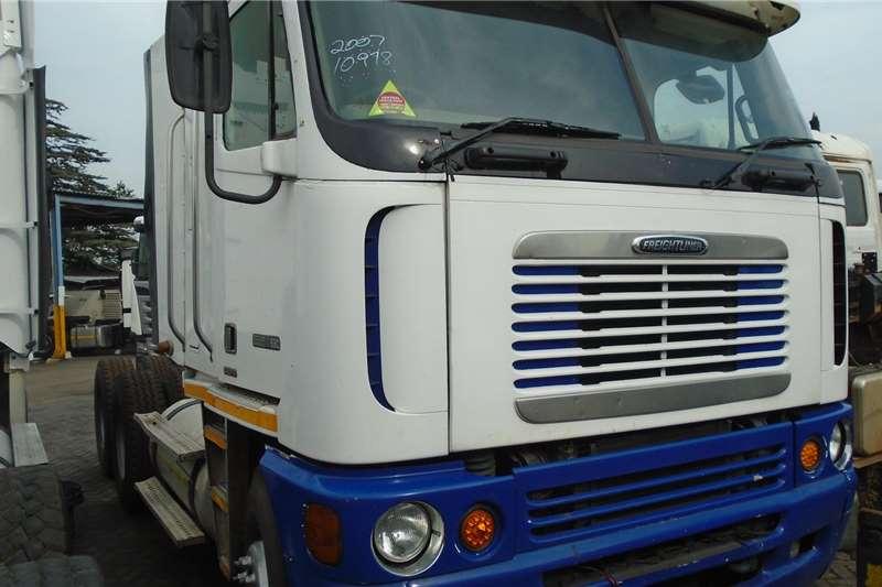 Freightliner Truck tractors Double axle 530 2007