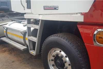 Freightliner Double axle ARGOSY Truck tractors