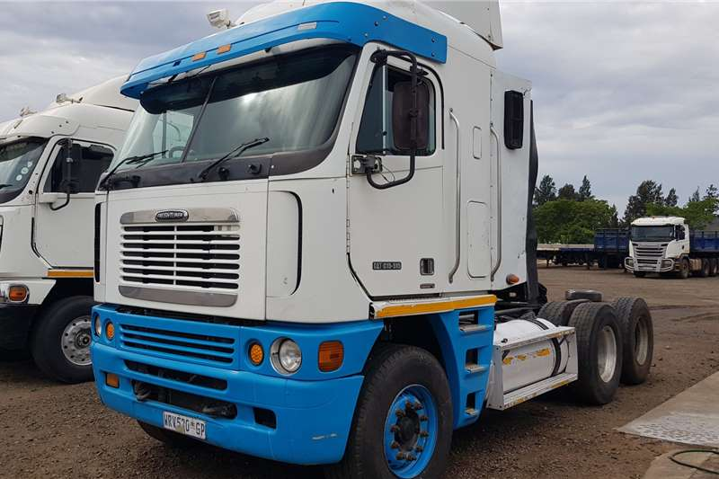 Freightliner Truck tractors Double axle Argosy CAT C15 515HP Reconditioned 2007