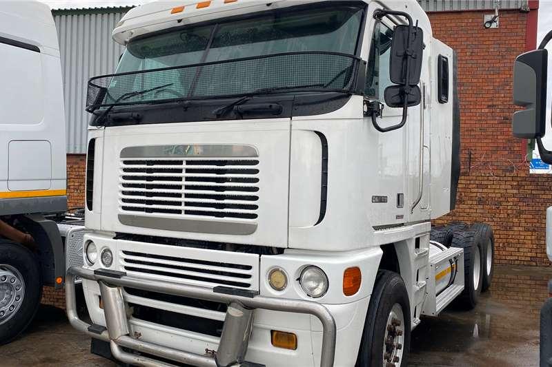 Freightliner Double axle Argosy Cisx 500 Truck tractors